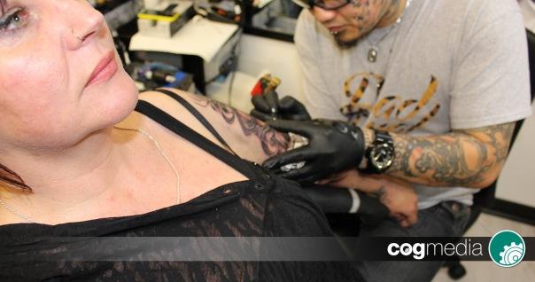 Clare Oakley Tattoo | Skull Suger | Lucky 13 Studio